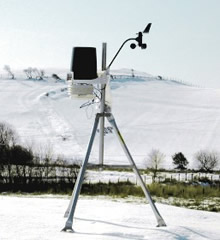 The Davis weather Station in snowy Snowdonia